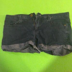 Short daisy dukes dark wash denim jeans